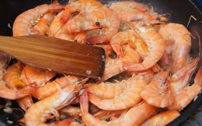 O camarão é perfeito para diversas receitas, mas tem seus truques