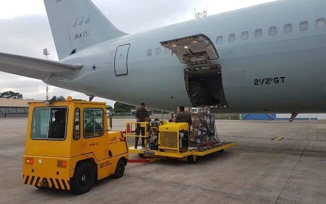 Insumos enviados pelo governo brasileiro à Venezuela estão estocados em Boa Vista, em Roraima