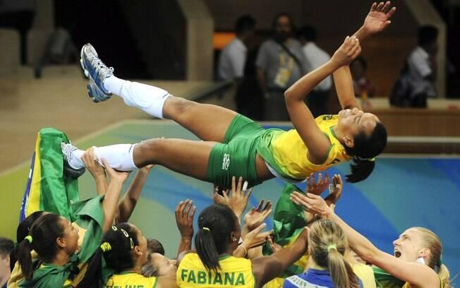 Fofão defendeu a seleção brasileira por 17  anos e faturou o ouro com a equipe nas Olimpíadas  de Pequim