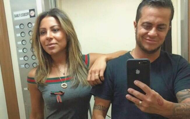 Andressa Ferreira, namorada de Thammy Miranda, defende namorado na web