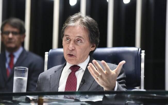 Eunício Oliveira pode colocar em votação projeto que coloca fim na Lei das Estatais