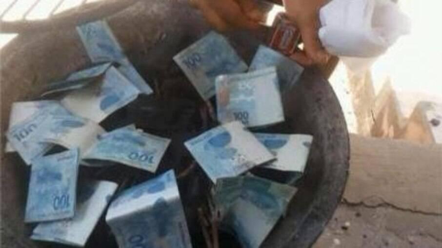 Traficantes usam dinheiro do auxílio emergencial para acender churrasqueira