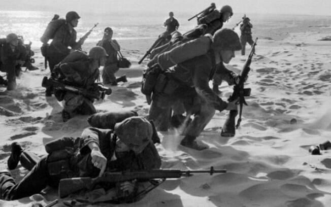 Soldados dos EUA no Vietnã em foto de 1965