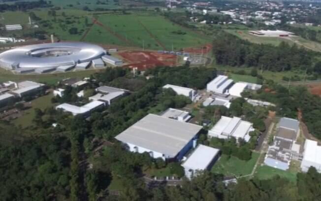 Pela 1ª vez na AL, cientistas do Cnpem, em Campinas, desvendam estrutura completa do vírus Mayaro