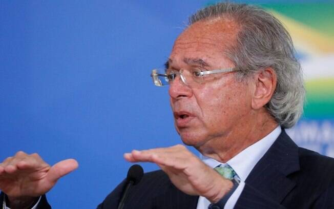 Guedes nega extensão de auxílio emergencial em 2021