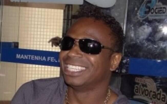 Ex-jogador Edílson Capetinha