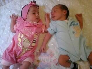 Gêmeos foram assassinados após a mulher insistir para o suposto pai assumir