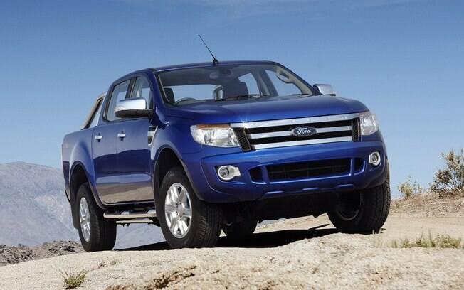 A antiga Ford Ranger já aparece com valor bem competitivo no mercado se picapes médias seminovas