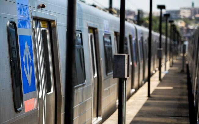 População de São Paulo pode ficar sem metrô na terça-feira (5) com greve dos metroviários