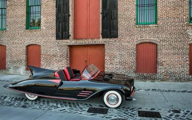 Batmóvel ficou pronto em 1963 após três anos de construção
