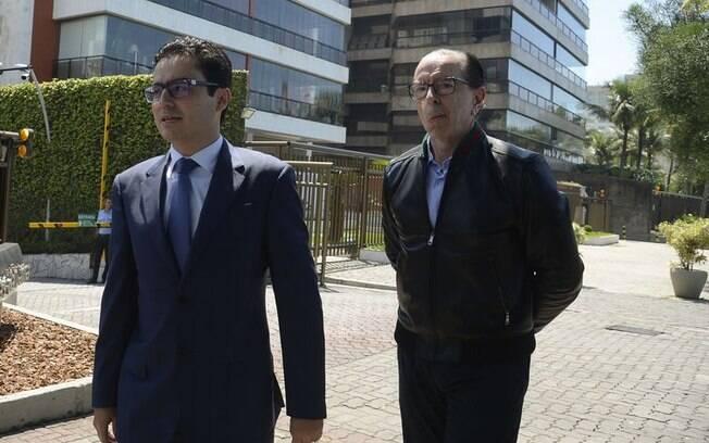 Médicos Leandro Echenique, cirurgião, e Antonio Luiz Macedo, cardiologista, foram ao Rio de Janeiro fazer uma nova avaliação médica de Bolsonaro