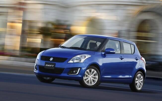 O Suzuki Swift faz parte de uma categoria de esportivos em extinção: os