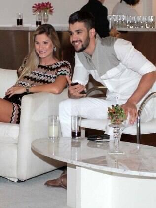 O casal Andressa Suita e Gusttavo Lima na gravação do 'Show da Virada', em São Paulo