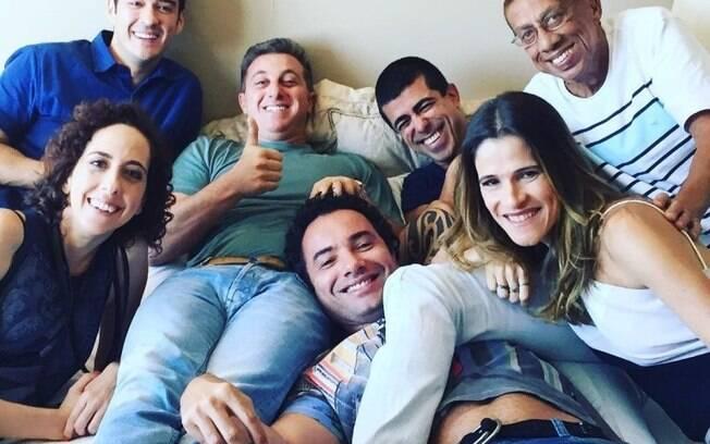 Luciano Huck, Marcius Melhem e elenco da Globo