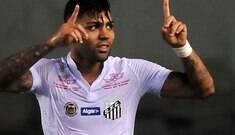 Gabigol pode substituir Higuaín no Napoli, diz jornal