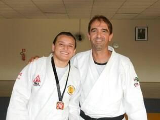 Ana e seu técnico, Juarez, ficaram satisfeitos com resultado obtido no último dia 16