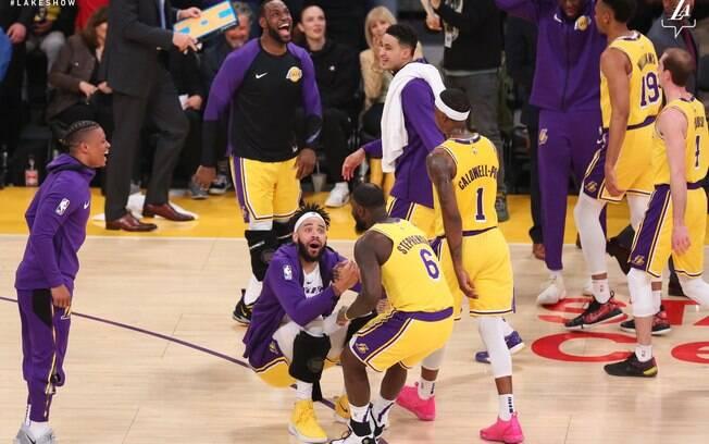Lance Stephenson protagonizou cena absurda na vitória dos Lakers sobre os Wizards