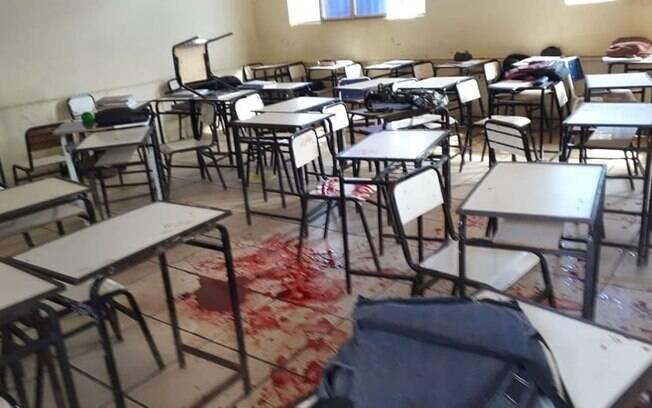 Imagens da sala de aula após aluno ser baleado foram divulgadas nas redes sociais