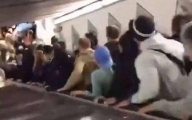 Pane na escada rolante deixa cinco pessoas feridas com gravidade
