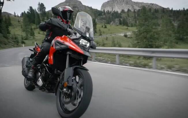 Nova Suzuki V-Strom virá para tentar desbancar as rivais Kawasaki, a linha GS da BMW e a Triumph Tiger