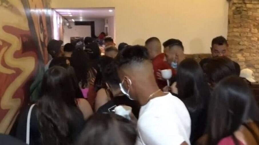 Comitê de Blitze encerrou uma festa clandestina com 235 pessoas na Zona Leste de São Paulo