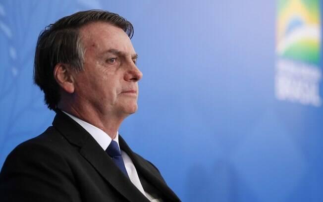 Bolsonaro não se pronunciou sobre o suposto cancelamento dos cortes na Educaçaõ