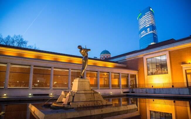 O Museo de Bellas Artes de Bilbao, no País Basco, abriga um acervo com mais de 10 mil artigos artísticos