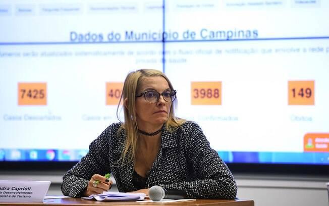 Secretária Alexandra Caprioli está em contato com diferentes setores.