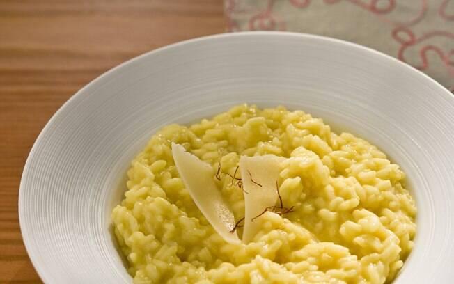 Foto da receita Risoto alla milanese (Risoto à milanesa) pronta.