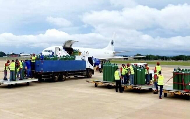 Oxigênio doado por Gusttavo Lima é transportado pela Sideral até Manaus