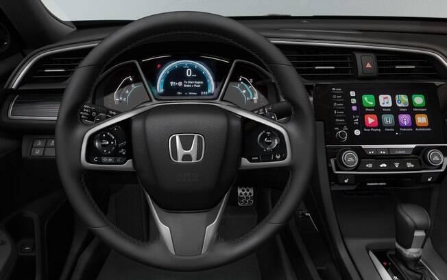 Honda Civic conta com interior moderno que inclui quadro de instrumentos digital entre os itens de série