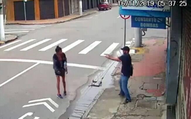 Homem atirou e matou moradora de rua que pedia esmola em Niterói