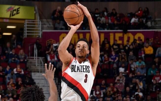 Armador dos Blazers teve noite inspirada, anotou 35 pontos e garantiu a vitória para a franquia de Portland