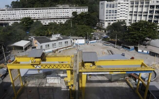 Segundo dados da Setrans, gastos para concluir a obra poderiam chegar a até R$ 1 bilhão.
