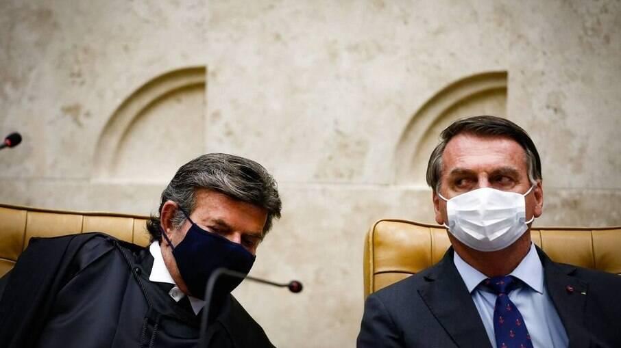Luiz Fux e Jair Bolsonaro conversaram nesta sexta-feira (19), por telefone