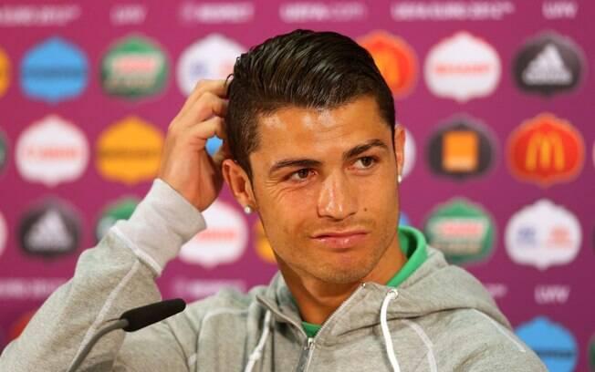 Veja fotos dos estilosos penteados do vaidoso Cristiano Ronaldo