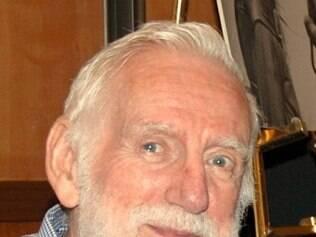 Rod McKuen publicou mais de 30 livros de poesia, incluindo