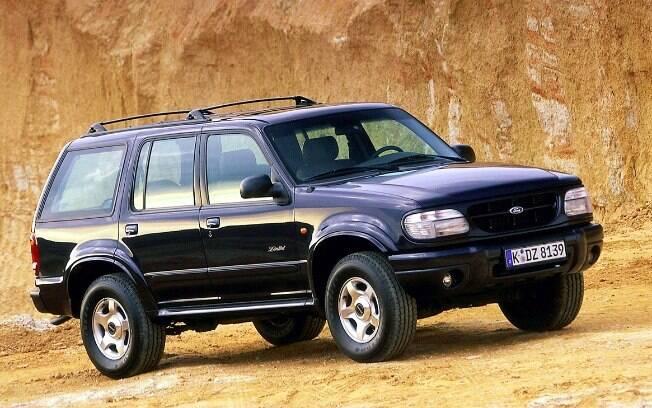 Ford Explorer Limited: versão topo de linha do SUV americano vinha com motor V8 5.0 do Mustang entre os equipamentos