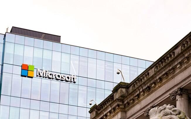 Microsoft criaria robôs de pessoas mortas