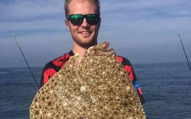 O britânico Sam Quilliam quase morreu após engolir, de forma acidental, um pequeno peixe (bem diferente da foto)