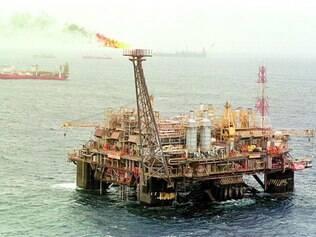 Disputa. Imposto gerado pela extração de petróleo no mar é alvo de disputa entre Estados no STF