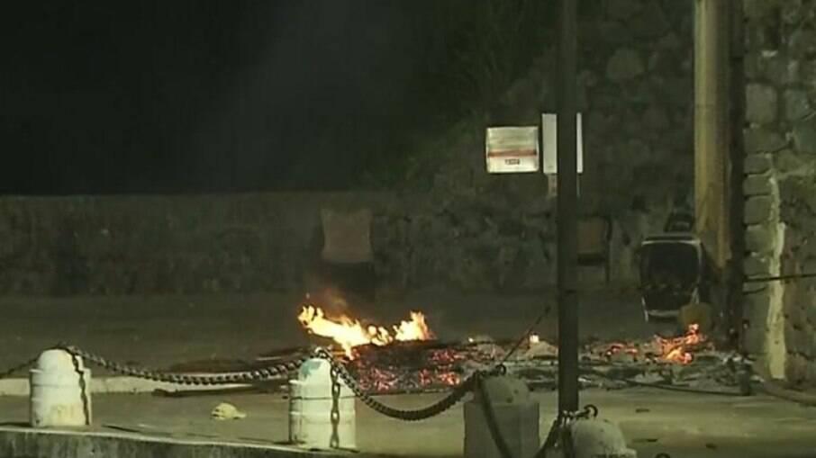 O casal teve o corpo queimado em Salvador; a suspeita é que a ação tenha sido criminosa