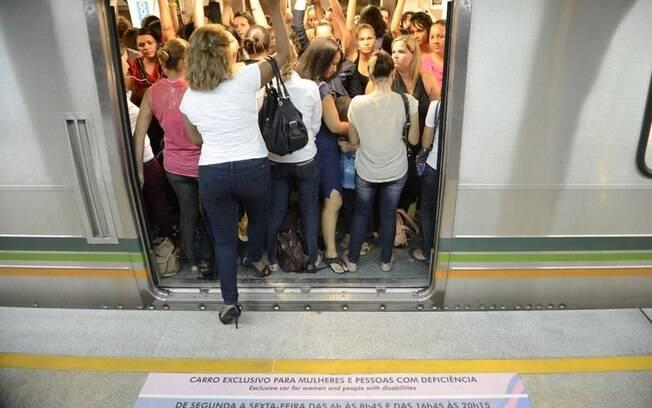Vagão exclusivo para mulheres em Brasília