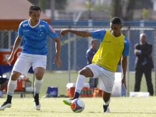 Leandro Damião (esq.) chegou este ano ao Cruzeiro