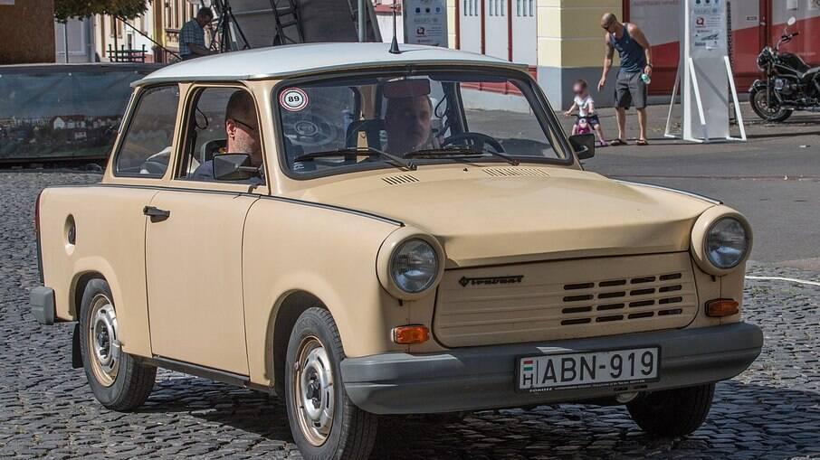 Trabant logo se tornou um ícone da Alemanha Oriental depois da queda do muro de Berlim, em novembro de 1989