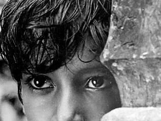 """Infância. Subir Banerjee, de """"A Canção da Estrada"""", é o primeiro dos três atores que interpretam Apu"""