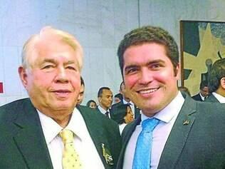 Lançamento.  Newtão e Newton Jr. na candidatura de Eduardo Cunha