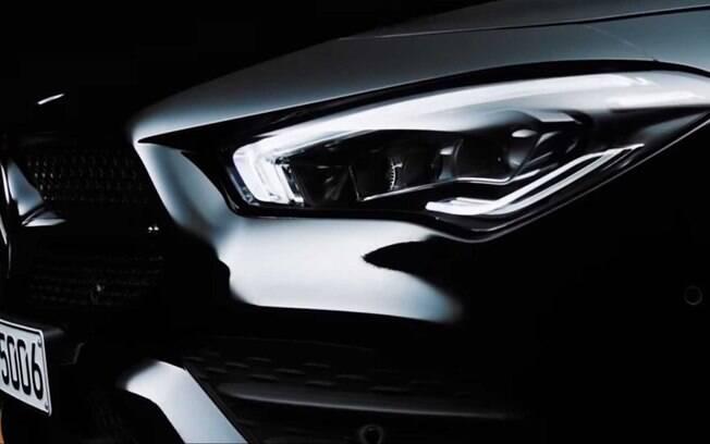 Mercedes-Benz CLA será mostrado amanhã, durante a feira de tecnologia CES 2019. Ainda não há data para o Brasil