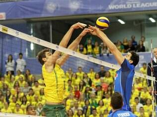 Brasil não conseguiu se impôr dentro de casa contra a Itália e perdeu mais uma vez