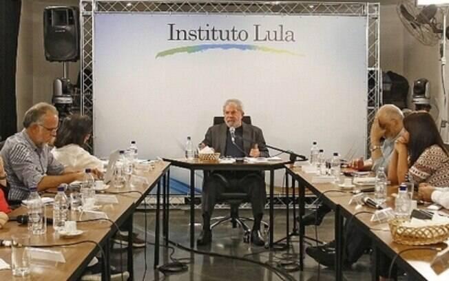 O ex-presidente Luiz Inácio Lula da Silva participou de um café da manhã com blogueiros na manhã desta quarta-feira (20)
